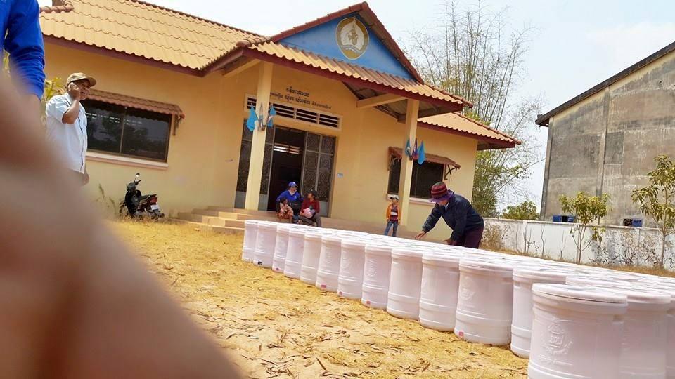 Uitdelen van 2000 waterfilters