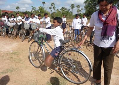Ook een fiets voor een gehandicaped weeskind