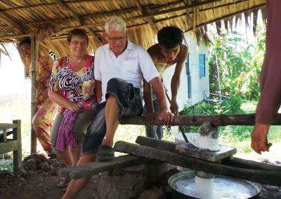 Hier wordt een microkrediet gebruikt om van rijst noedels te maken