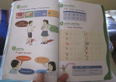 Een Cambodjaans schoolboekje